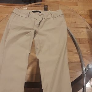 The limited exact stretch pant size 8